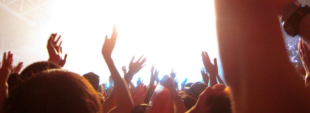 電通など4社、音楽ライブコンテンツの企画・制作・販売などを行う新会社設立