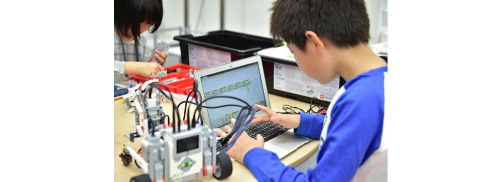 ロボットプログラミング教室「プログラボ」がJR九州グループと協業 福岡に開校
